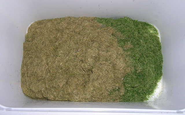 míchání odstínů trávy 002-23 a 002-24 v poměru 1:1