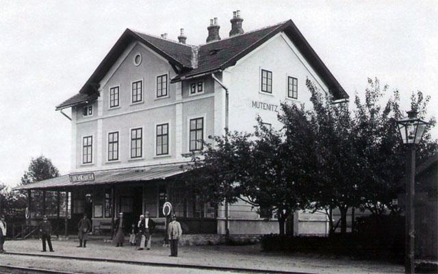 vzhled výpravní budovy ze začátku dvacátého století