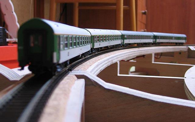 Stavba obloukového modulu
