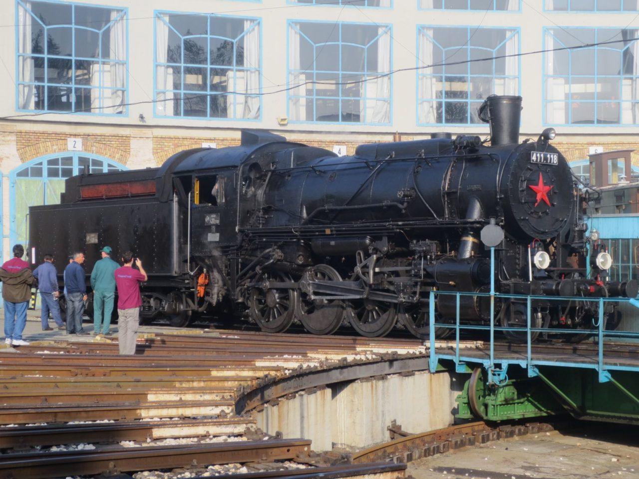 Temofeszt 2014 - lokomotiva před rotundou
